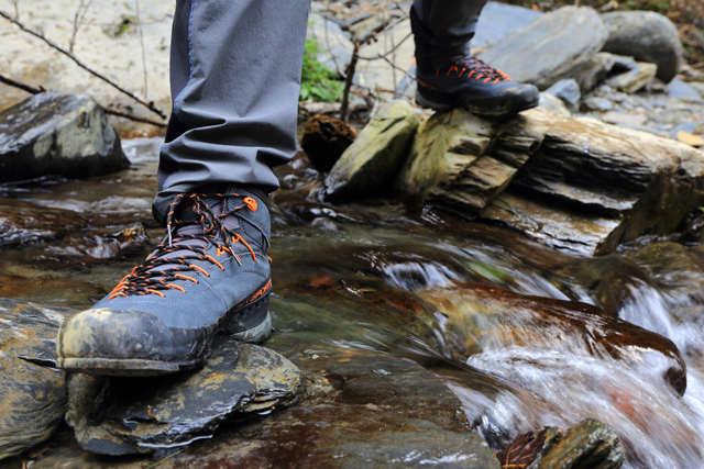 户外玩家的第二双鞋 La Sportiva TX4 接近鞋