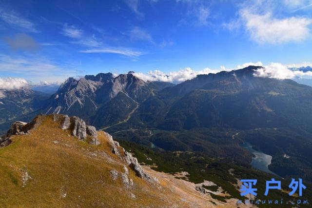 穿越奥地利边境,楚格峰地区徒步旅行