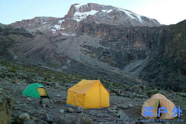 登上坦桑尼亚非洲第一高峰乞力马扎罗山之梦