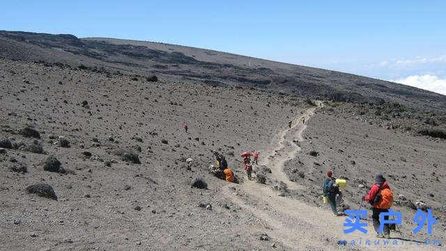 非洲有雪? 认识非洲第一高峰乞力马扎罗