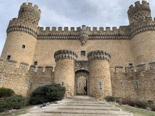 西班牙自由行,行走在马德里后花园曼萨纳雷斯城堡