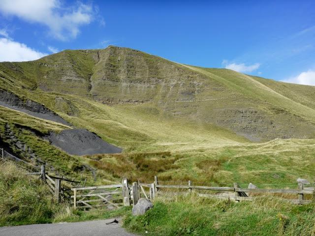 英国徒步登山难不难?入门新手户外装备和推荐路线一次掌握!