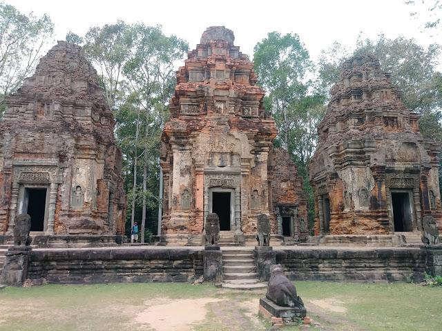 吴哥窟深度旅游,罗洛斯遗址的三座神庙
