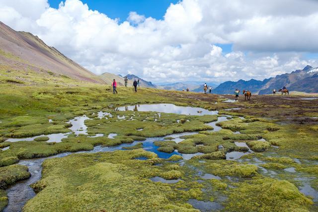秘鲁徒步彩虹山Vinicunca,解锁登上海拔5036米高山的成就