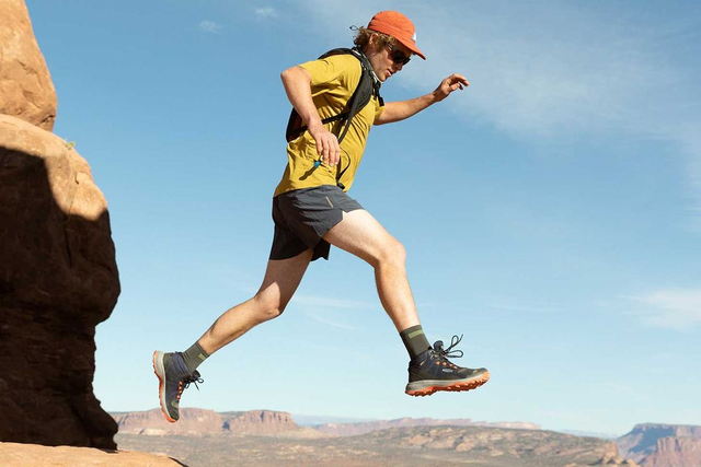 想买登山鞋?KEEN的这款新鞋令你徒步登山更轻松