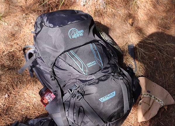 花了1000多买了个Lowe alpine登山包,有经验的来看看值不值